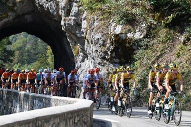 Un esfuerzo grande de los equipos en la etapa 16 del Tour de France