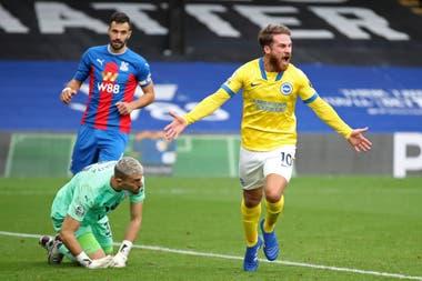 Brighton perdía ante Crystal Palace; ingresó Alexis Mac Allister y empató sobre el final