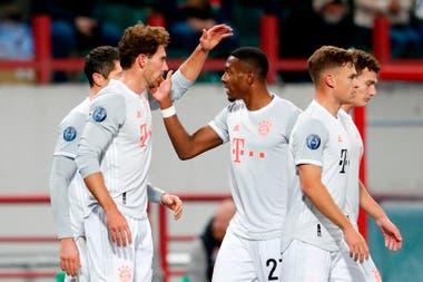 Leon Goretzka celebrando el primer gol