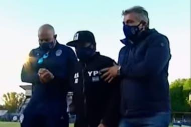 Una imagen del viernes, cuando Maradona asistió al estadio de Gimnasia, donde se le hizo un homenaje por su cumpleaños.