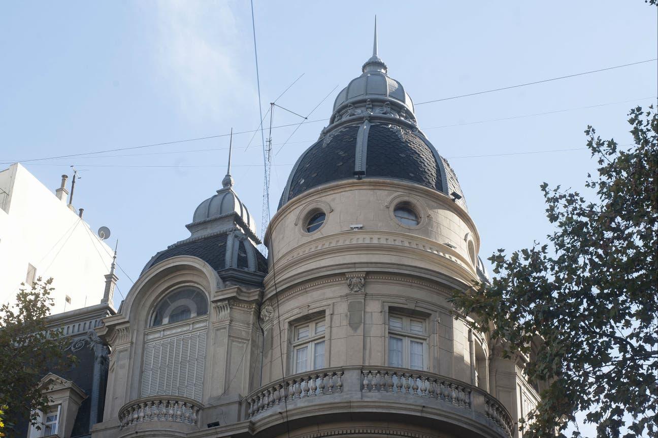 La cúpula delicada del ex Hotel Metropol
