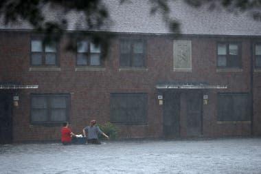 Florence está dando las primeras muestras de su potencia, intensas lluvias están provocando graves inundaciones