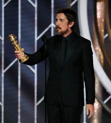 El camaleónico Christian Bale y otro hito en su carrera: mejor actor de comedia por el film El vicepresidente