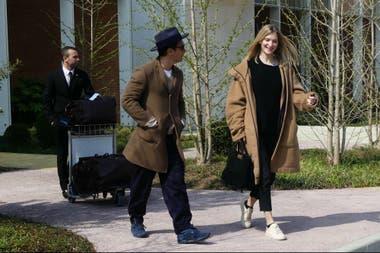 Jude y su pareja, Phillipa Coan, en el aeropuerto de Venecia