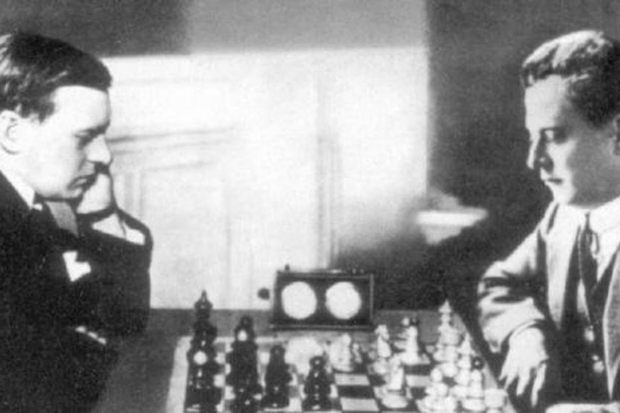 La variante 102: cómo el displicente Capablanca le hizo frente al estudioso Alekhine en Buenos Aires