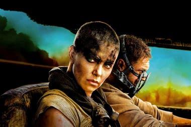 Charlize Theron como Furiosa en Mad Max: Furia en el camino