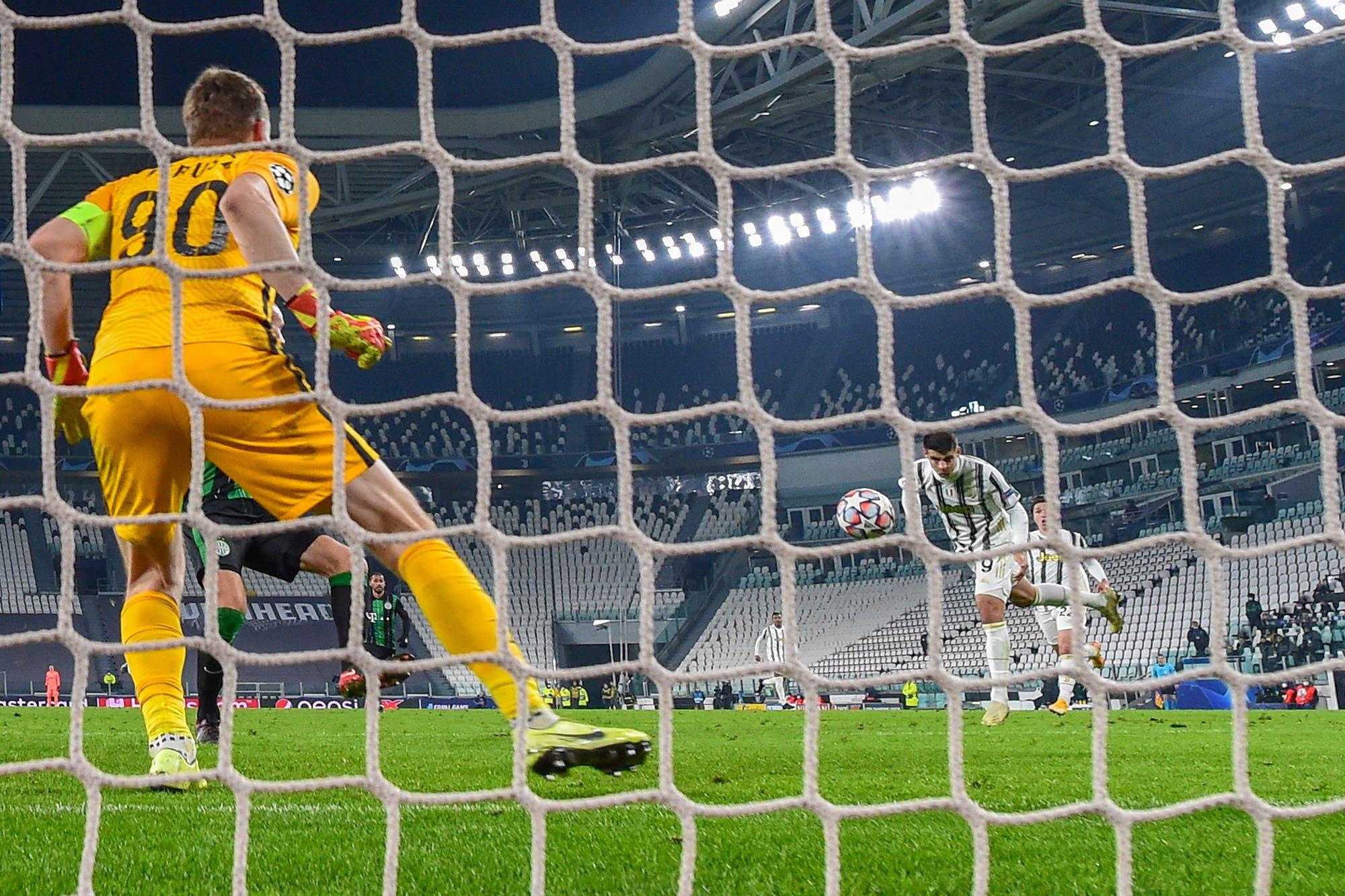 Juventus-Ferencvaros, por la Champions League: el equipo de Pirlo ganó sobre la hora y se clasificó a octavos de final
