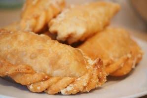 Empanaditas de mermelada de cebolla y queso