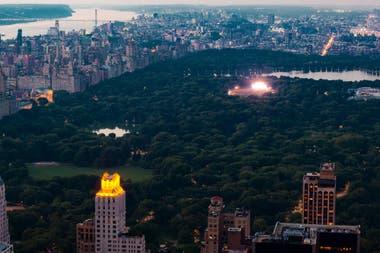 Central Park y las luces de un concierto