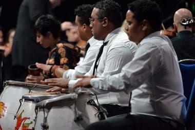 Los Silva, la cuerda de tambores que acompaña a Hugo Fattoruso