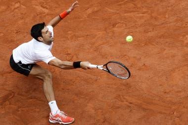 Djokovic se quedó en la puerta de la final: perdió tras cinco sets de un partido que arrancó el viernes.