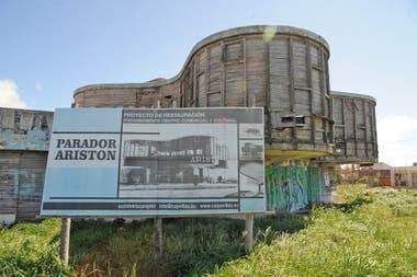 El edificio es obra del arquitecto húngaro Marcel Breuer