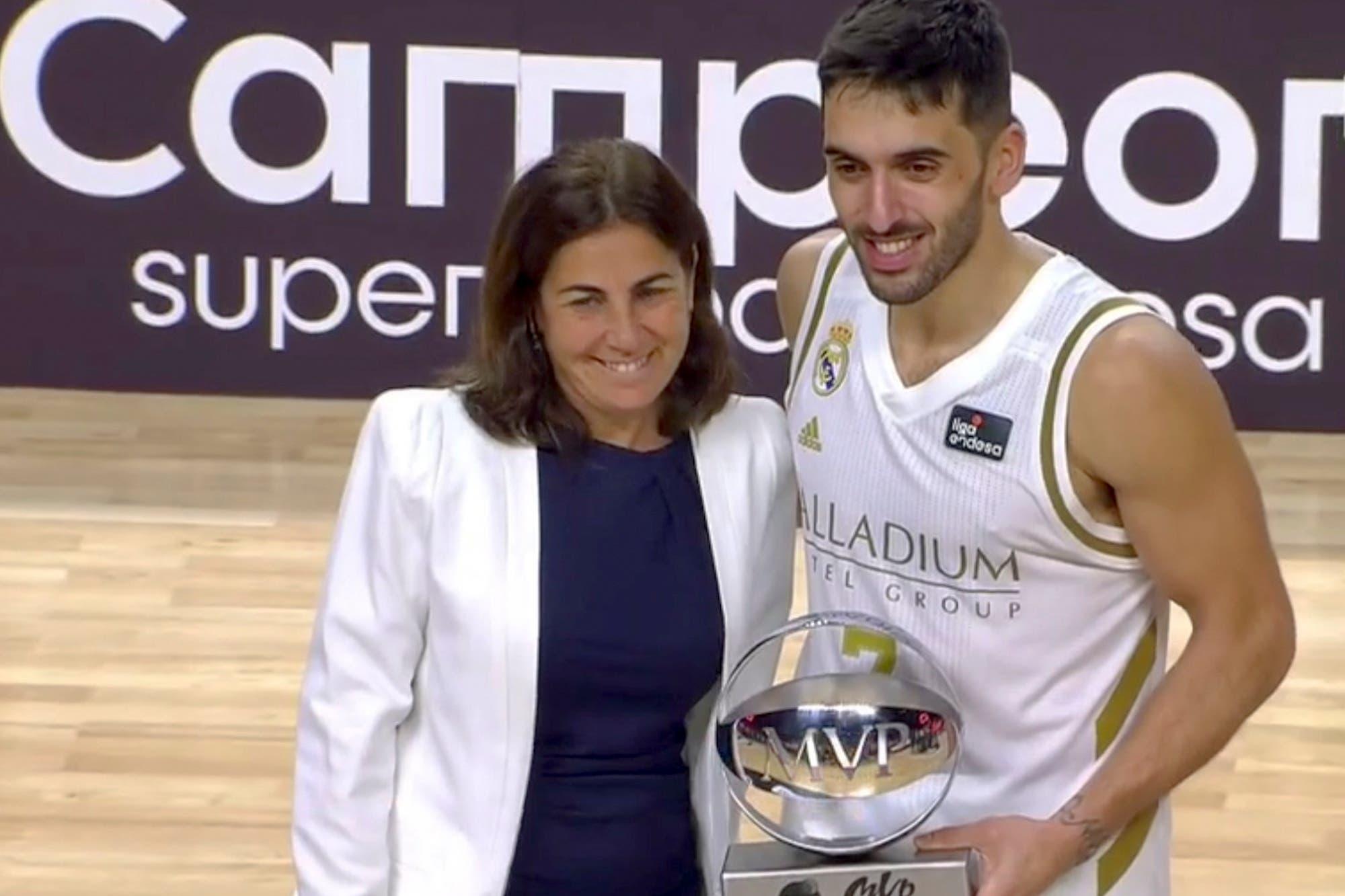 El Real Madrid de los argentinos se consagró campeón de la Supercopa española frente a Barcelona