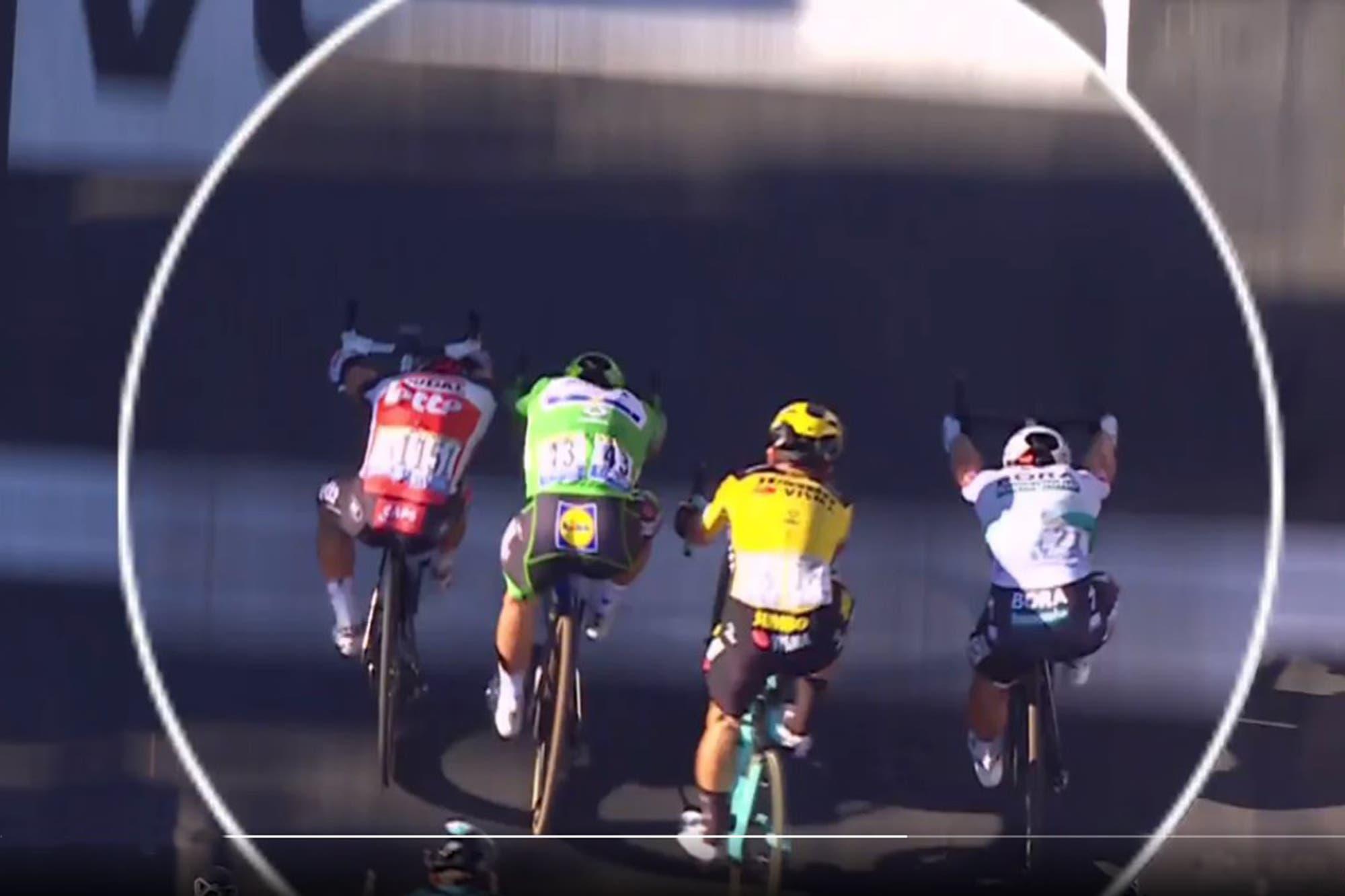 """Tour de Francia: una llegada """"muy caótica"""" con fotofinish, triunfo de Caleb Ewan, dura sanción a Peter Sagan y una discusión acalorada"""