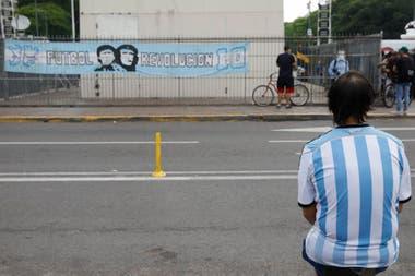 Murió Diego Maradona: la emotiva despedida en el Obelisco