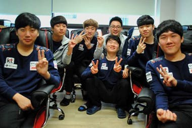 El equipo de KT Rolster de League of Legends entrena y vive junto