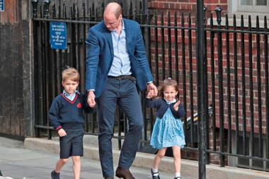 William, junto a George y Charlotte