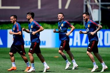 España está convulsionada tras la salida del entrenador a dos días del debut ante Portugal