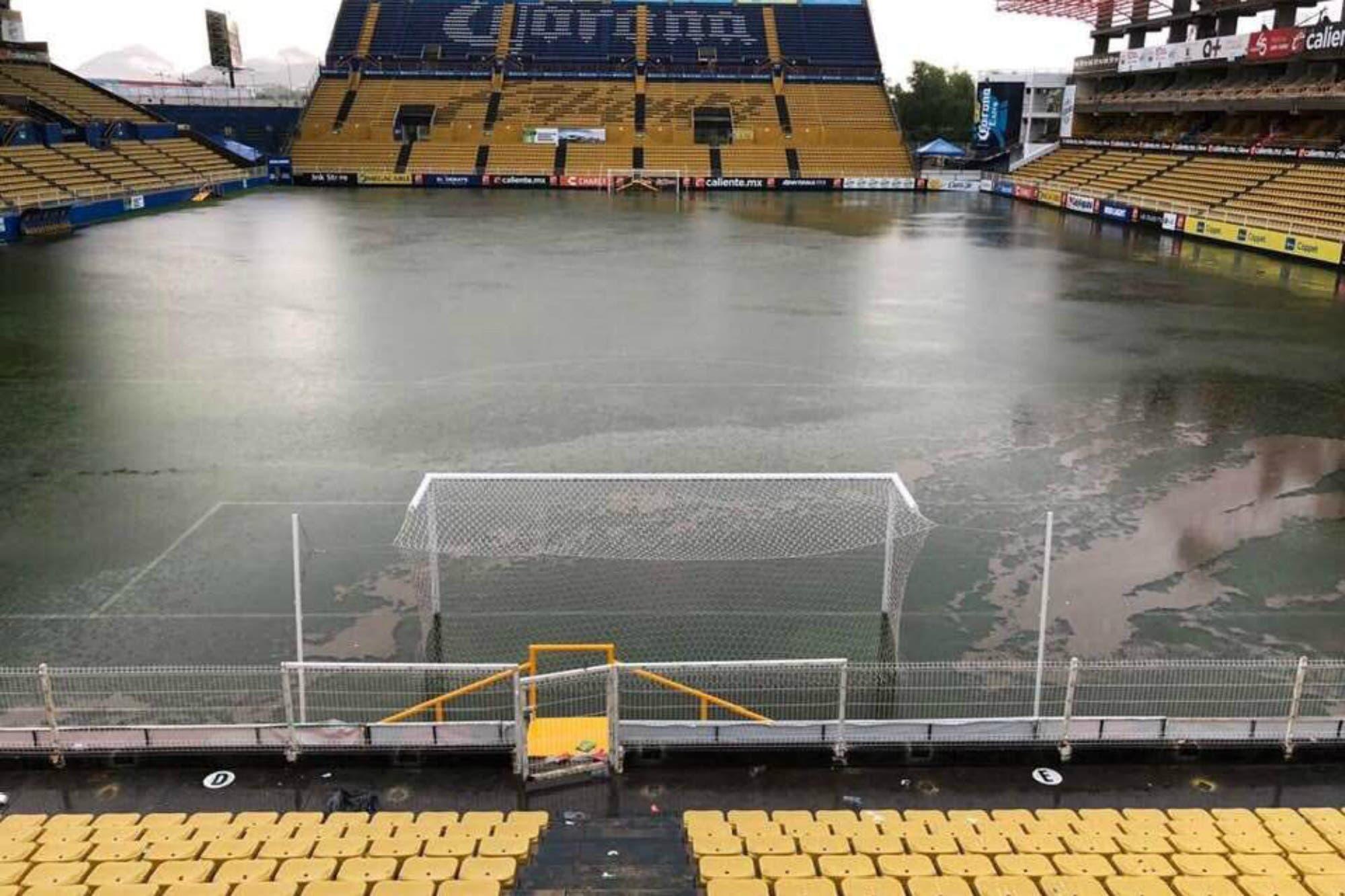 El estadio del equipo de Maradona, bajo el agua: una depresión tropical causó estragos en Sinaloa