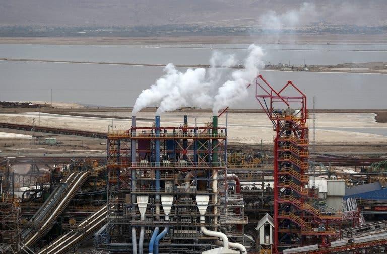 El uso de la capacidad instalada de la industria tocó su nivel más bajo desde 2002