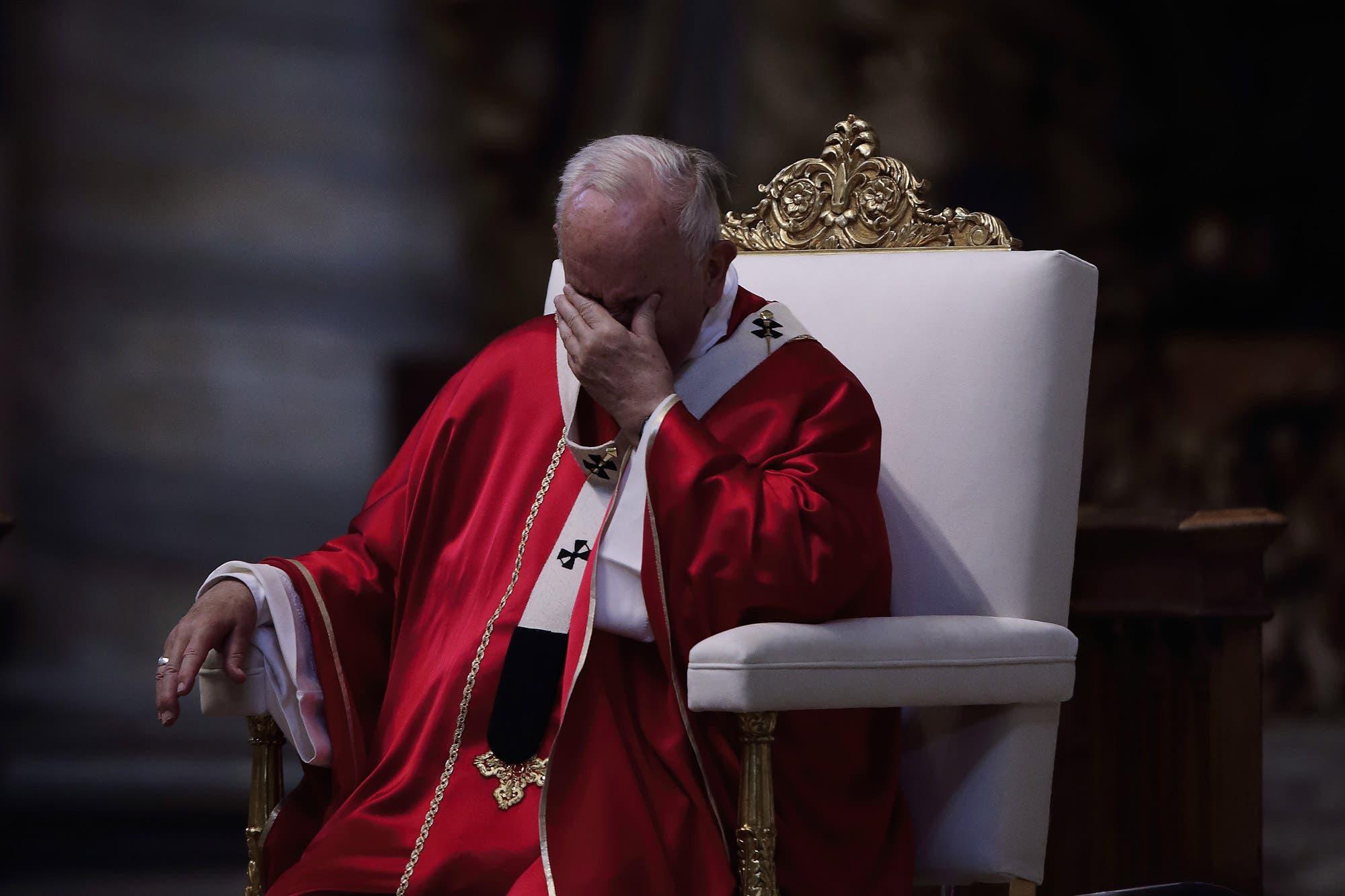 En un gesto de aprecio, el Papa celebró el funeral de su embajador en la Argentina