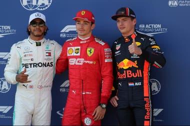 Hamilton (2°), Leclerc (1°) y Verstappen (3°), antes de la sanción al británico, que largará 5°