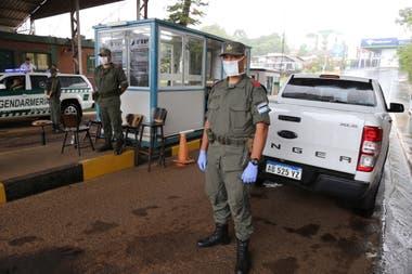 Ante el avance de la pandemia en Brasil, la Gendarmería reforzó los controles en Bernardo de Irigoyen