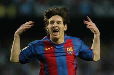 El primer gol de Messi fue en Mayo de 2005, contra el Albacete, por La Liga Española