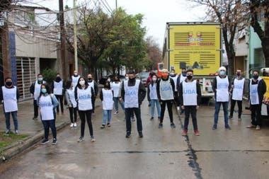 Algunos estudiantes de sexto año de la UBA pueden ayudar como voluntarios en el Plan DeterctAr