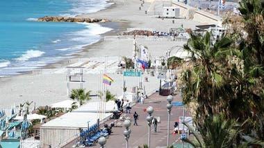 En Saint-Tropez, uno de los puertos de la Costa Azul, hay un complejo rodeado de rejas para las personas más ricas del mundo