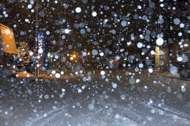 Una súper tormenta de nieve cubrió de blanco a la ciudad de Seattle