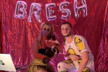 La fiesta BRESH en casita es uno de los fenómenos online de la cuarentena. SADAIC contactó a su organizador porque había una marca involucrada en la transmisión