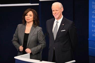 Maya Rudolph como Kamala Harris acompañó a Carrey en su primera aparición imitando a Joe Biden en Saturday Night Live