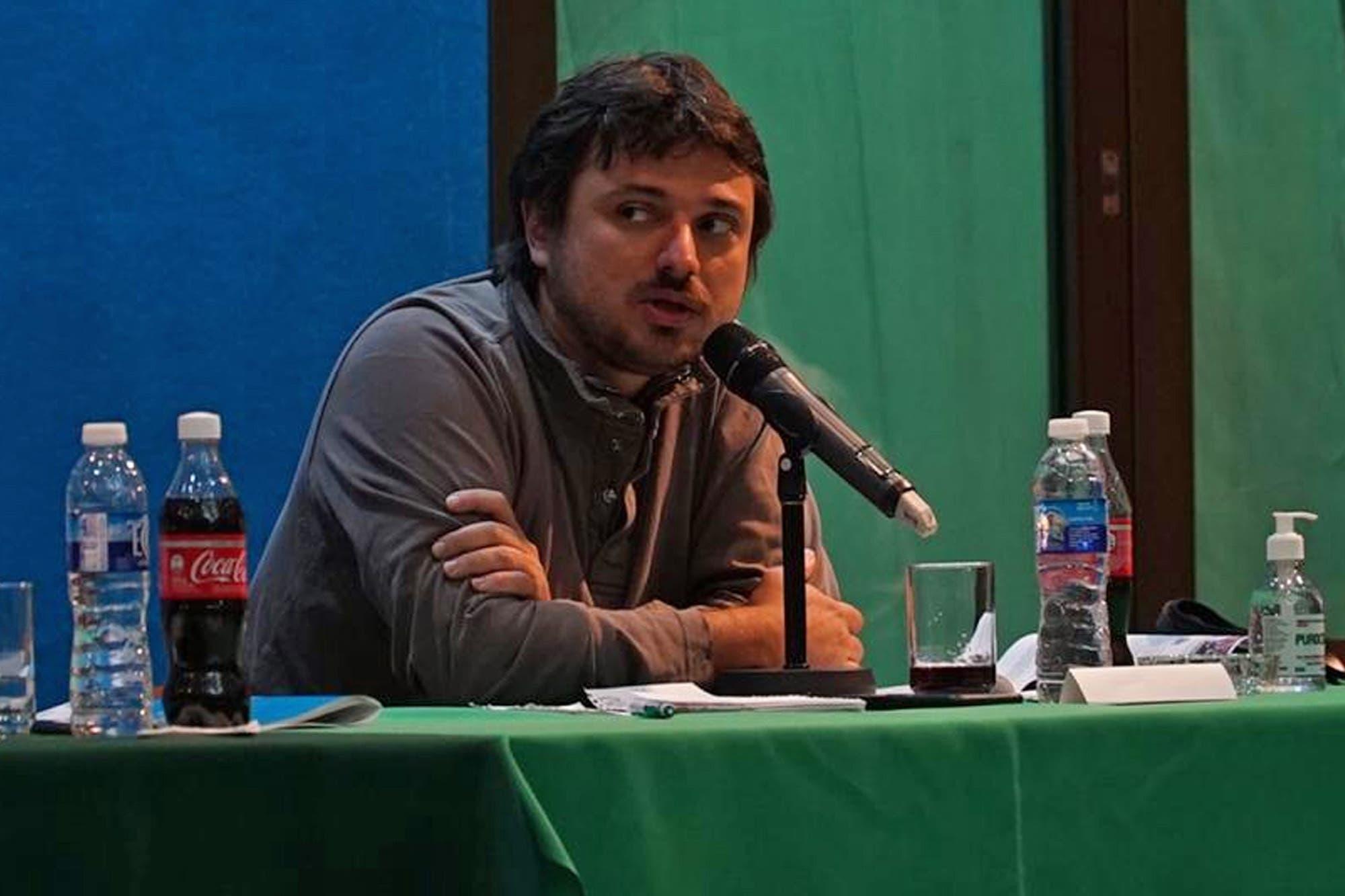 """Juan Grabois brindó por el 2021 con una crítica a Mercado Libre: """"Sacan tajada cuando al resto nos va mal"""""""