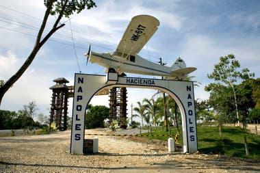 Entrada de la Hacienda Nápoles, ahora un parque temático que alberga un santuario de fauna salvaje