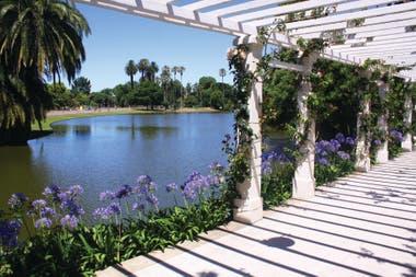 Una vista del Parque Tres de Febrero, uno de los tantos diseñados por Carlos Thays.
