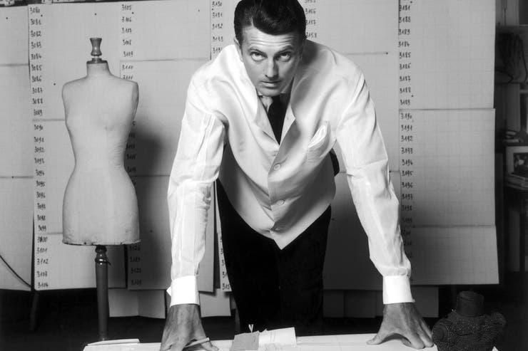 Hubert de Givenchy en una imagen de 1960