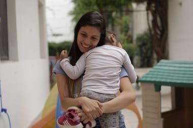 cb9f2cfd4 Cómo acompañar a adolescentes que son padres y madres - LA NACION