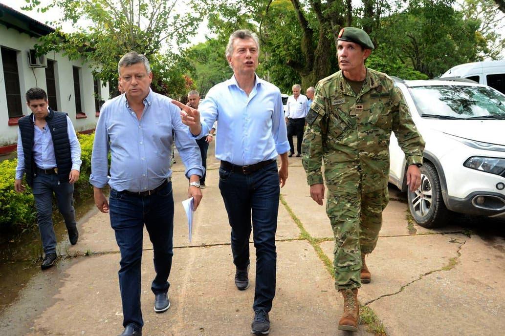 Macri recorre las zonas afectadas por las lluvias