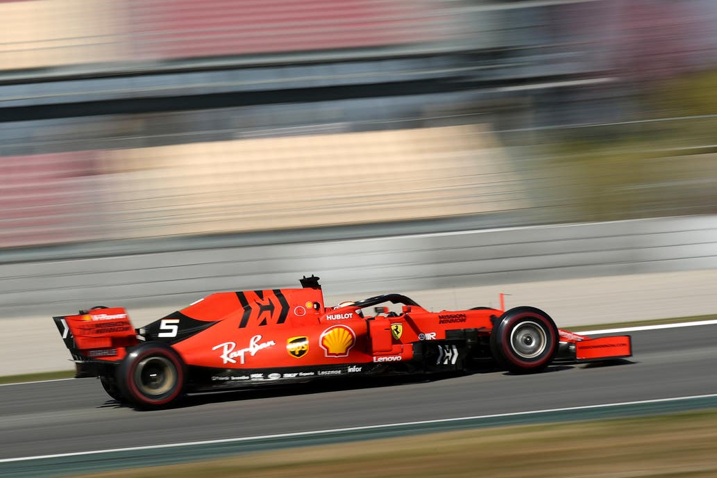 Sebastian Vettel con su Ferrari 8e305e31e29
