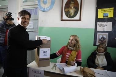 Resultado de imagen para axel kicillof votando