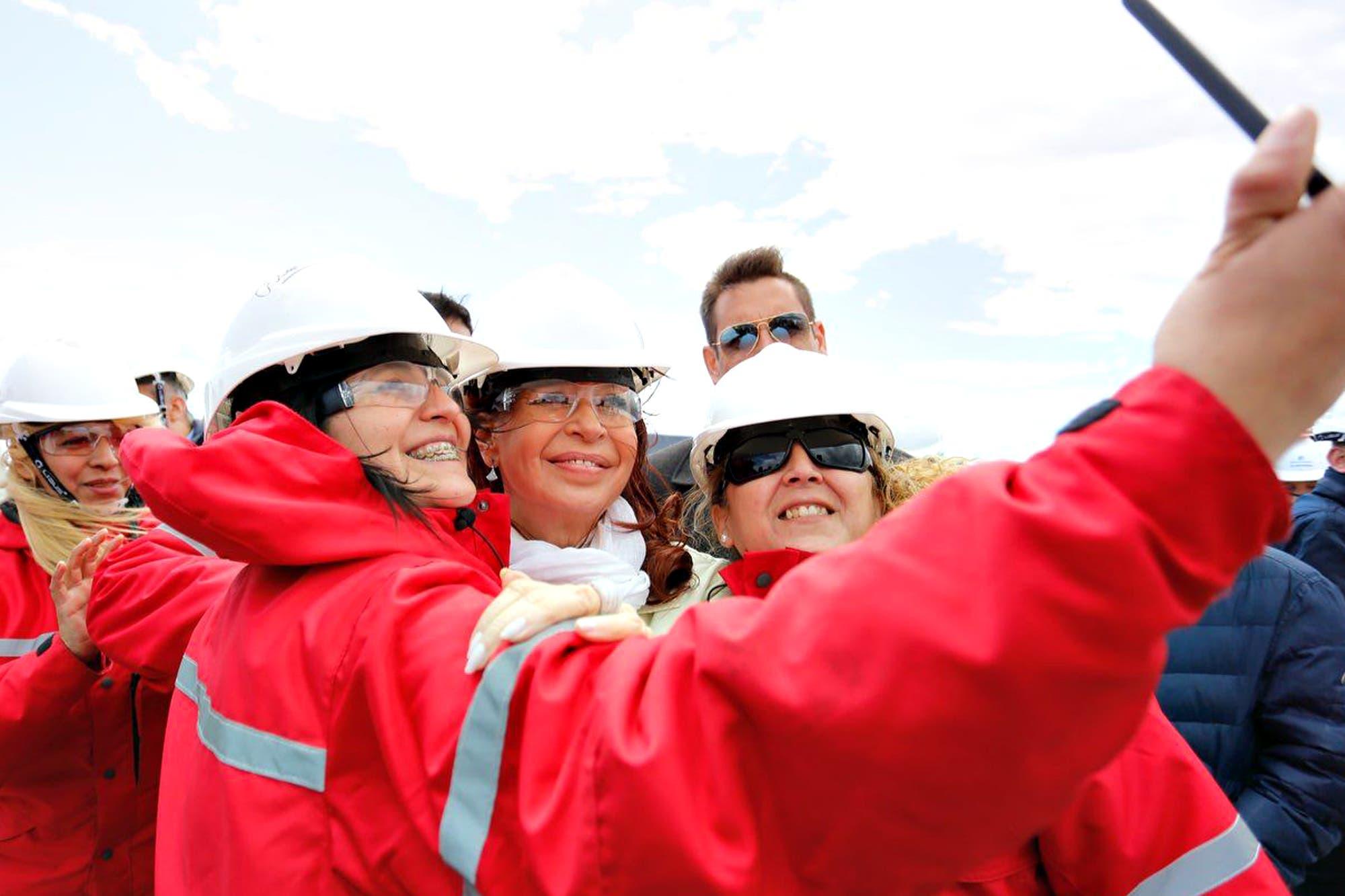 Cristina Kirchner recorrió la represa Néstor Kirchner junto a Gerardo Ferreyra, procesado en la causa de los cuadernos