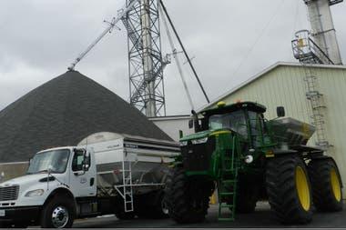 Maquinaria agrícola en la cooperativa CHS