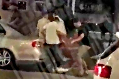Una cámara de seguridad registró el ataque a Fernando Báez Sosa y a sus amigos
