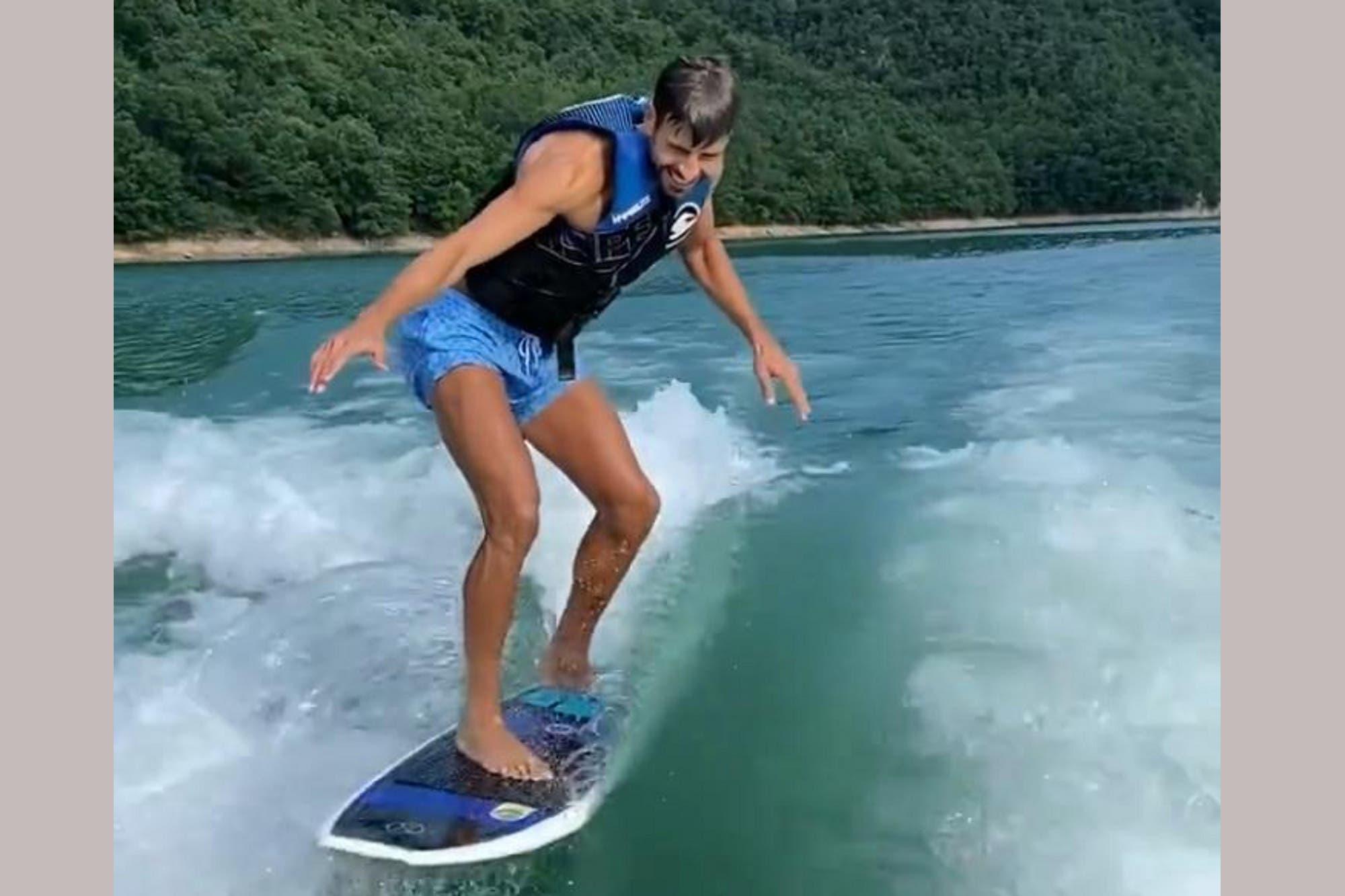 Futbolista, ciclista y surfer: Gerard Piqué sorprende con sus habilidades en el wakesurfing