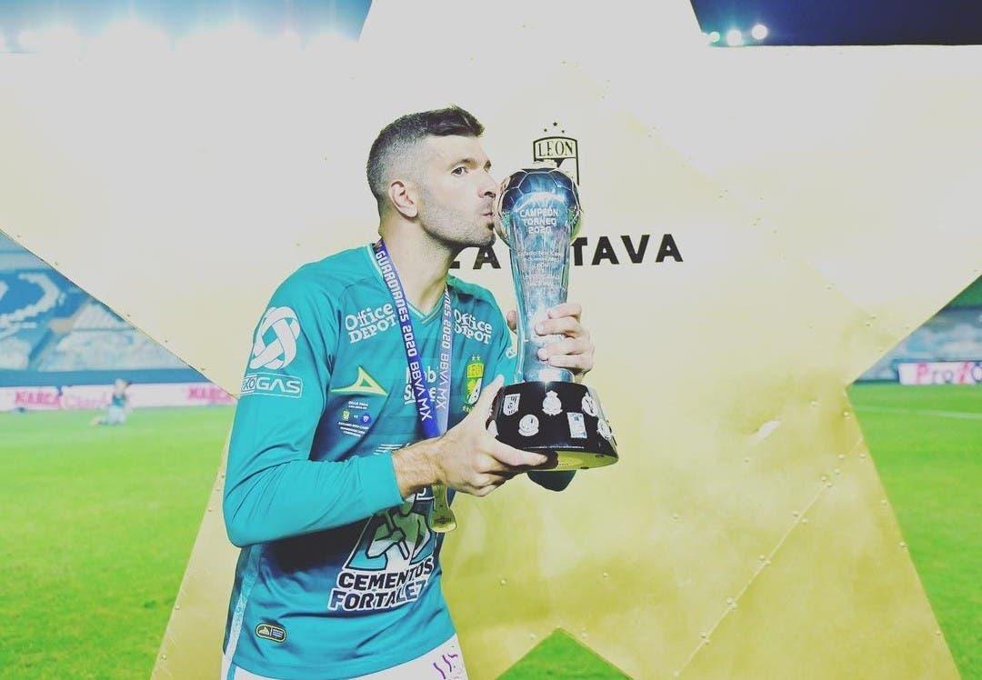 Emmanuel Gigliotti. Goleador y campeón en México, la revancha de un ex Boca tras el exilio en China - LA NACION