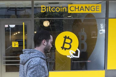 Un local para cambiar bitcoins en Tel Aviv, Israel