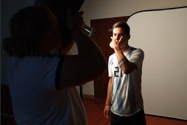 Paulo Dybala, en la sesión de fotos oficiales