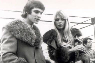 Salió Con Brigitte Bardot Se Mató En Un Fórmula 1 Y Envía Mensajes