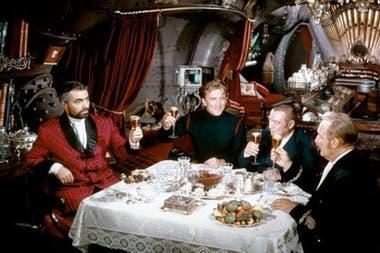 """""""Veinte mil leguas de viaje submarino"""" ha sido llevada al cine en varias ocasiones"""